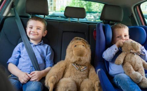 子供を守るチャイルドシートの義務化はいつからされたのか?