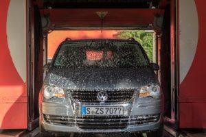 洗車機の値段の相場はどれくらい?